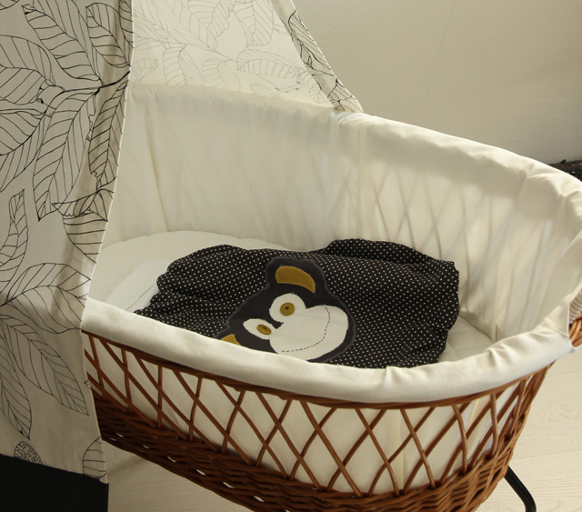 diy projekt stubenwagen sanvie mini. Black Bedroom Furniture Sets. Home Design Ideas